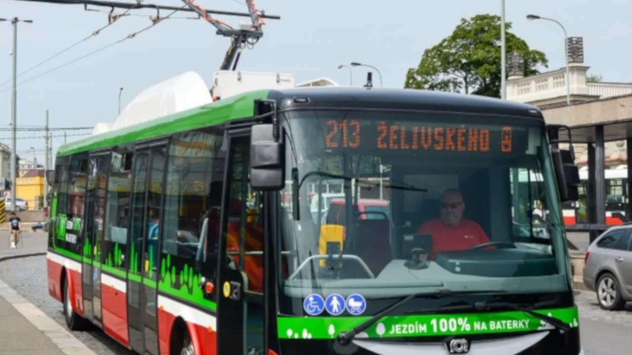 image-introducing-electric-buses-to-the-prague-transportation-system